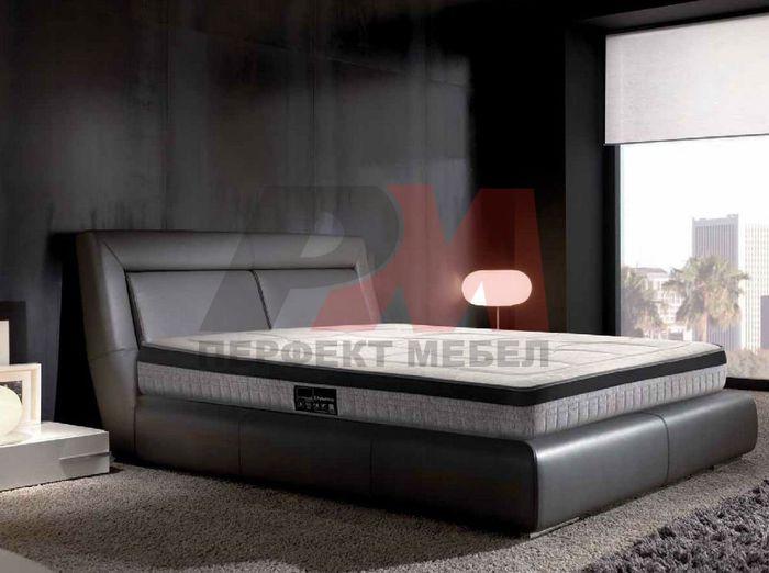 Легла с омекотени и тапицирани спални