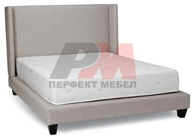 Тапицирани легла с голяма табла по поръчка по проект