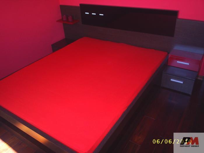 Спалня с LED осветление