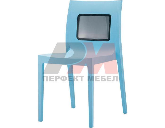 Пластмасови столове за заведения за открито