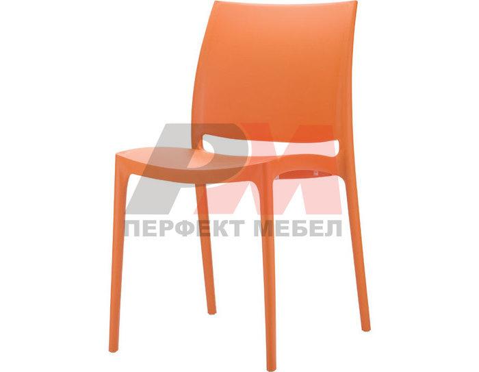 Столове от пластмаса за заведение за открито в