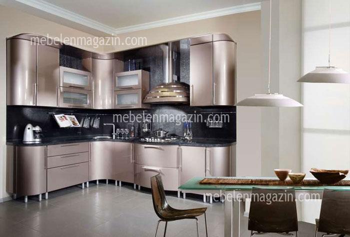 Кухня по поръчка в бежов металик 550 2616