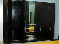 Луксозен гардероб за обзавеждане на спални